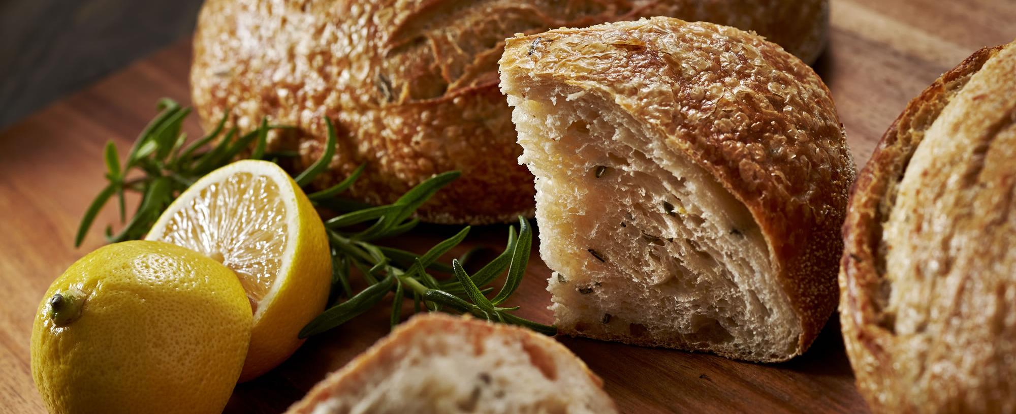 2000x815_Lemon Rosemary Sourdough Bread 8142