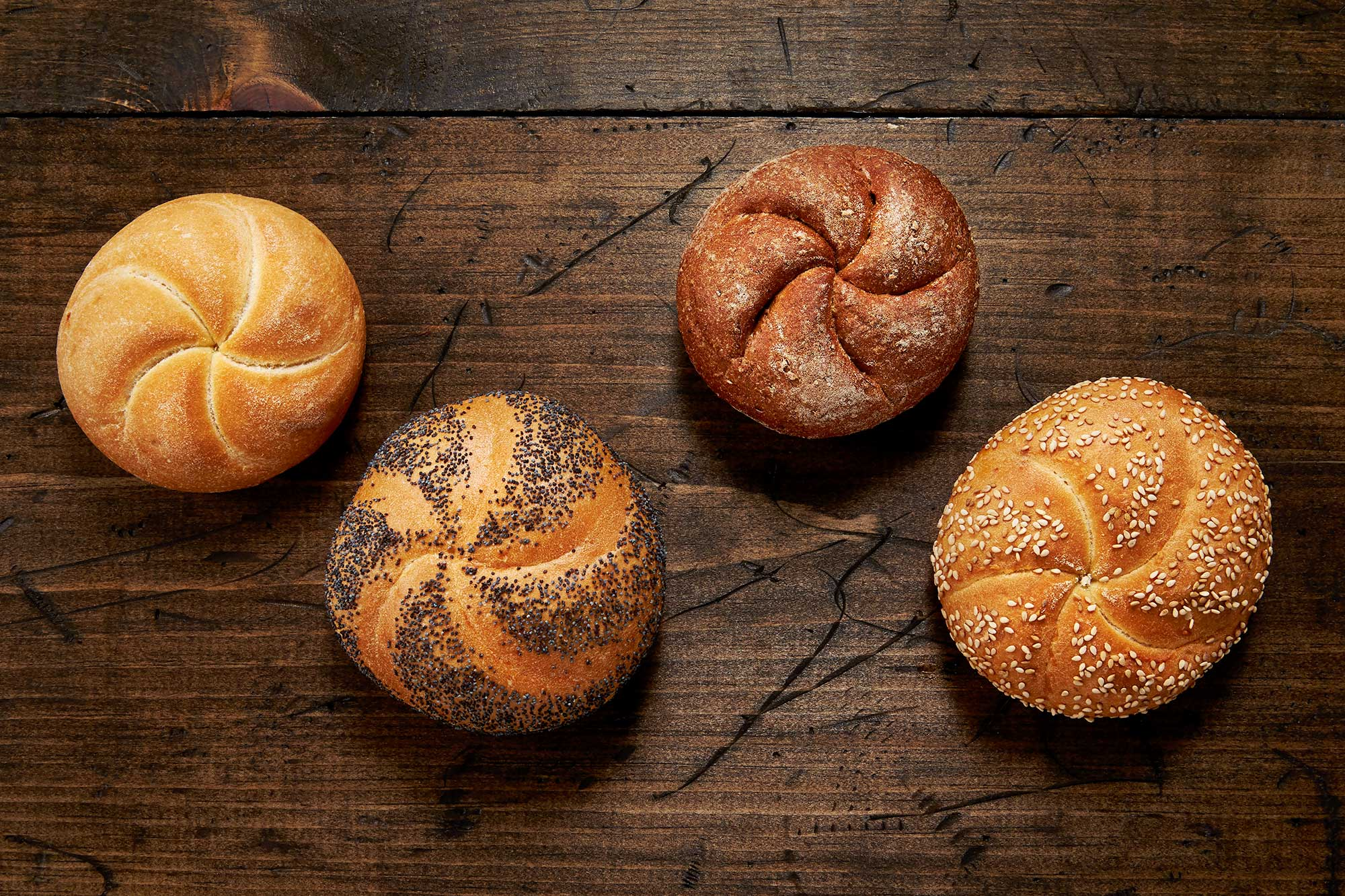 kaiser rolls These deli style kaiser rolls are baked fresh daily and in your favorite store the  following day.
